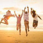 Tại sao bạn phải sống hạnh phúc ngay cả khi bạn ít tiền?